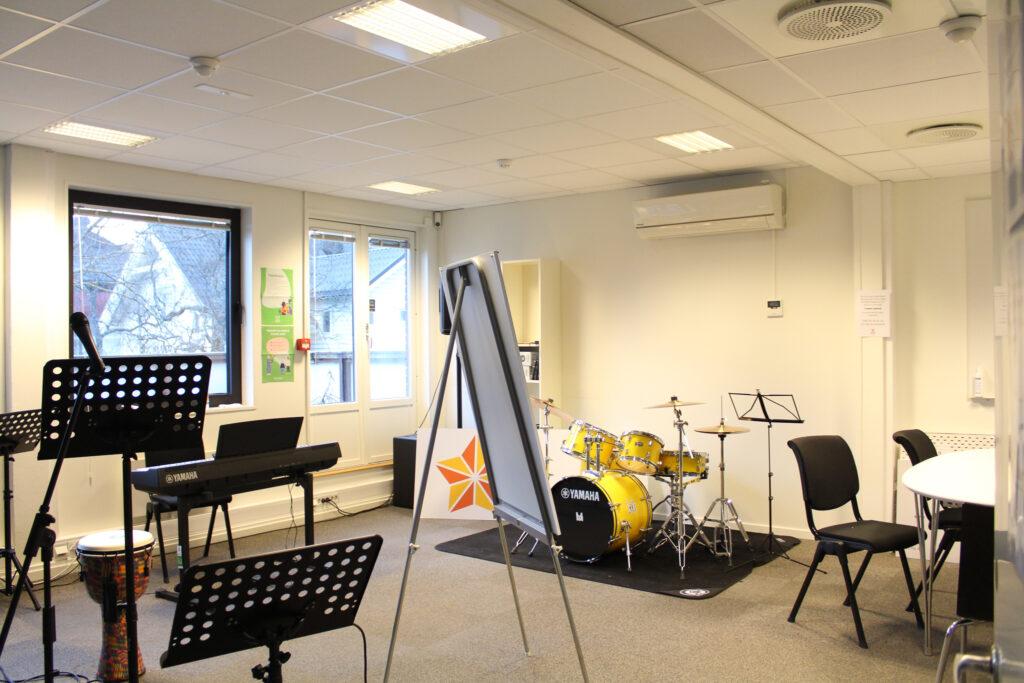 Bilde: musikkrommet på Glimt recovertsenter